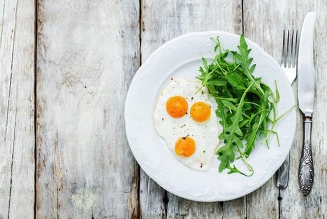 5 диет, в которые мы сначала влюбились, а потом прокляли