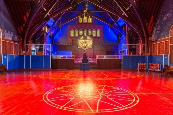 Церковь 19 го века превратили в«Храм баскетбола»