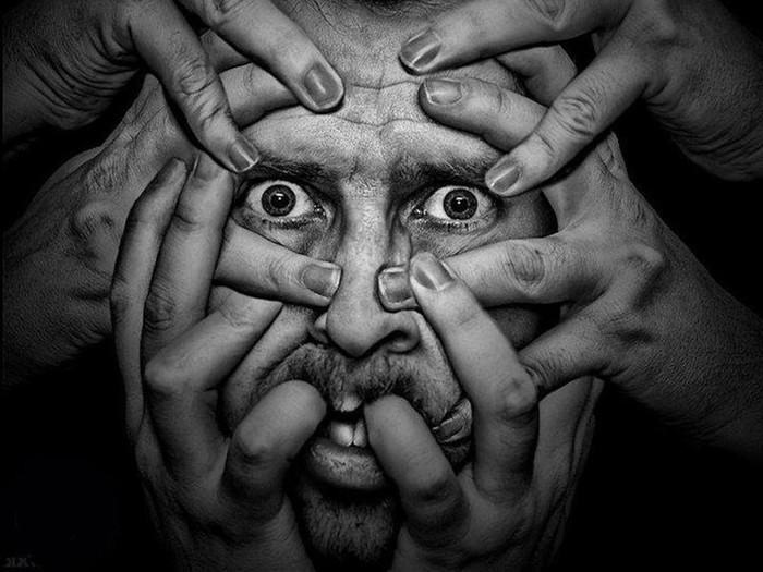 Странные истории: «Я больше не я! Диагноз— шизофрения»