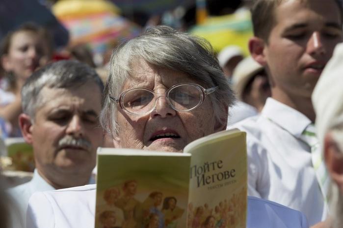 Почему протестанты богаче православных верующих