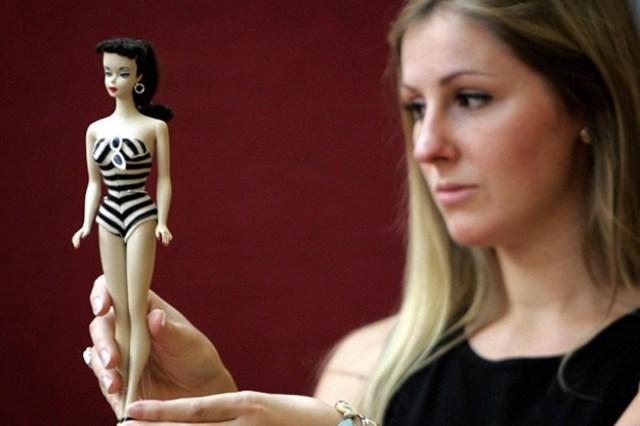 Как менялась кукла Барб и последние 60 лет— от гламурной дивы до бодипозитивной модели