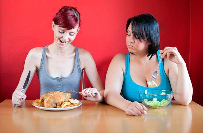 Как начать меньше есть