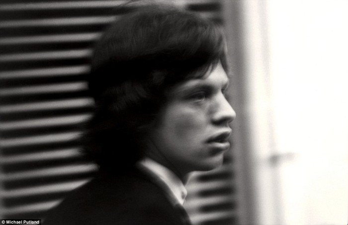 Интимные фото Rolling Stones, Джона Леннона и других звезд от Майкла Путленда