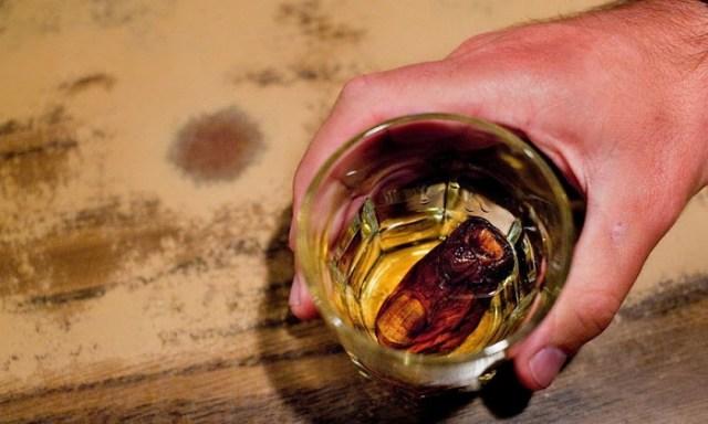 Коктейль «Гнилой палец»— визитная карточка одного из канадских баров