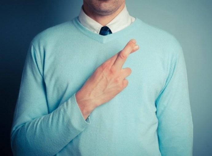 15 признаков того, что он вас обманывает