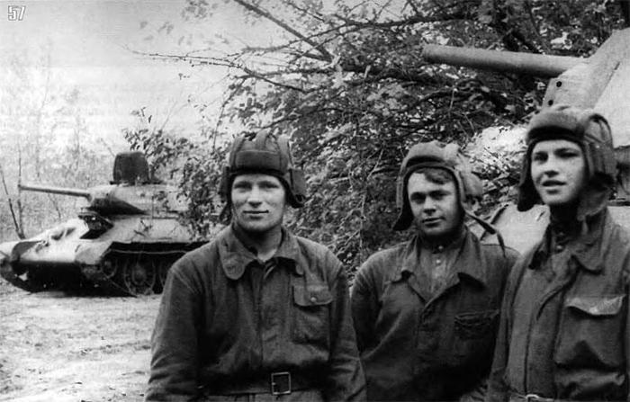В каких войсках Советской армии служилось тяжелей всего