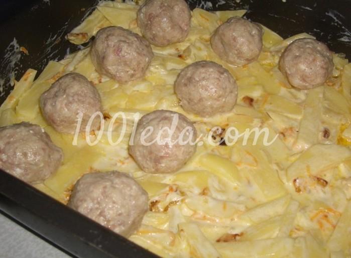 Картофельная запеканка с фрикадельками и помидорками черри: пошагово с фото