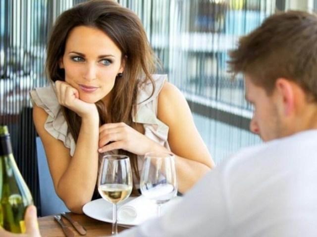 Признаки любви мужчины к женщине, которые развеют все сомнения