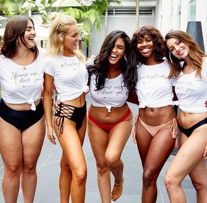 Две подружки модели разных размеров сломали стереотипы о красоте