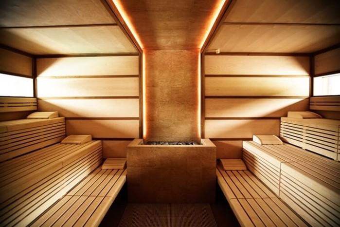 Общие немецкие бани: без комплексов и вообще без всего
