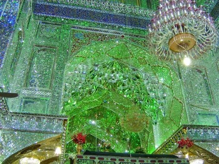 Шах Черах: красивейшая зеркальная мечеть в Иране