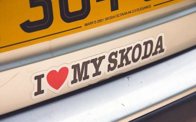 Британец собрал коллекцию из 70 почти одинаковых старых Skoda