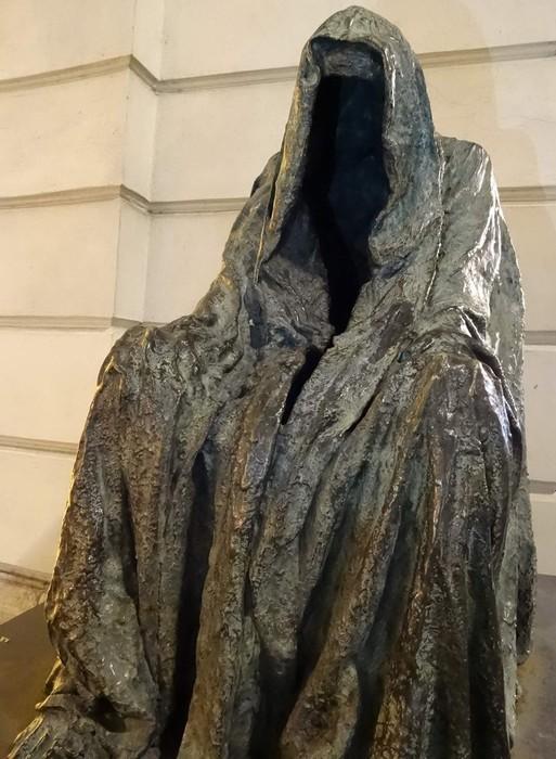 Самые страшные скульптуры: кровь застывает в жилах