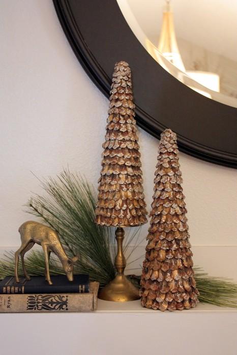 Потрясающие новогодние композиции из шишек