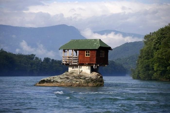 15сумасшедших домов, вкоторых живут самые обычные люди