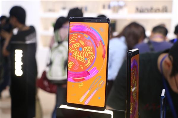 三星Note 9曝光:将提前发布 配6.38寸OLED屏