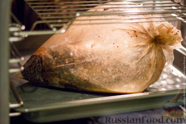 Рецепт: Запеченный карп (без костей) в рукаве на ...