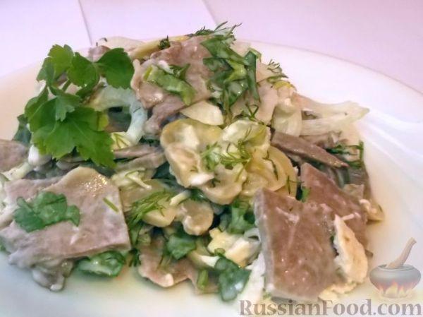 Рецепт: Салат из маринованных шампиньонов и свиного языка ...