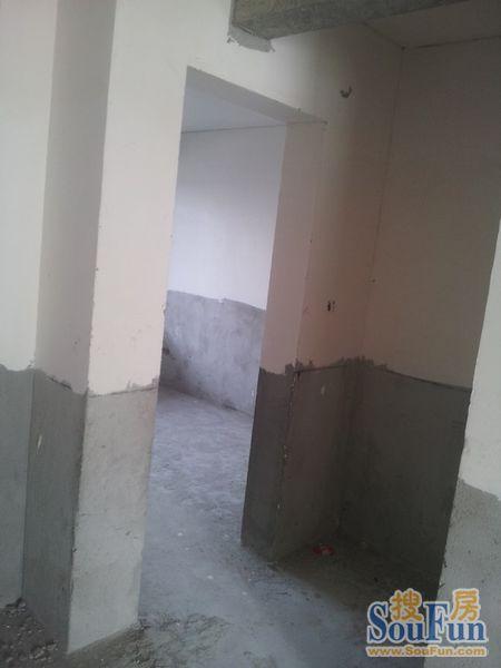 【现场实拍】海德2期21#楼109平米的内部谍照(2单元的104)