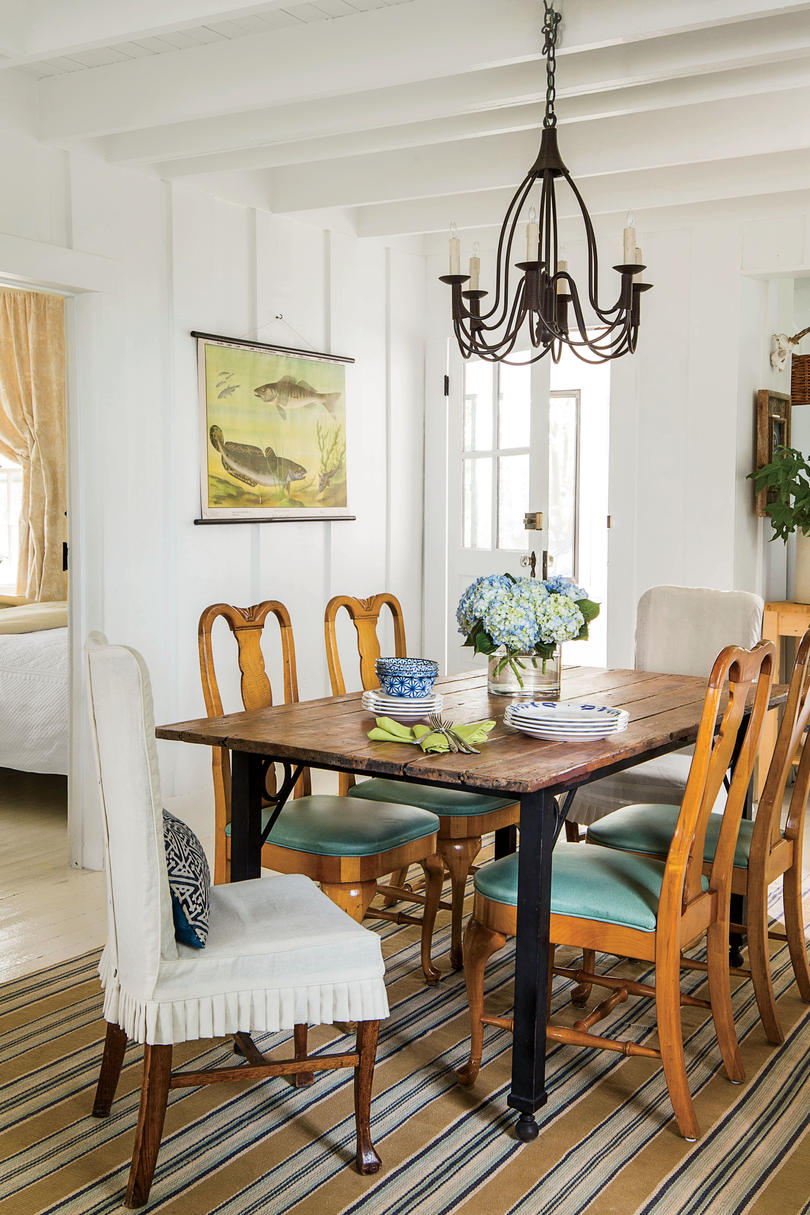 Stylish Dining Room Decorating Ideas - Southern Living on Living Room Wall Sconce Ideas For Dining Area id=57810