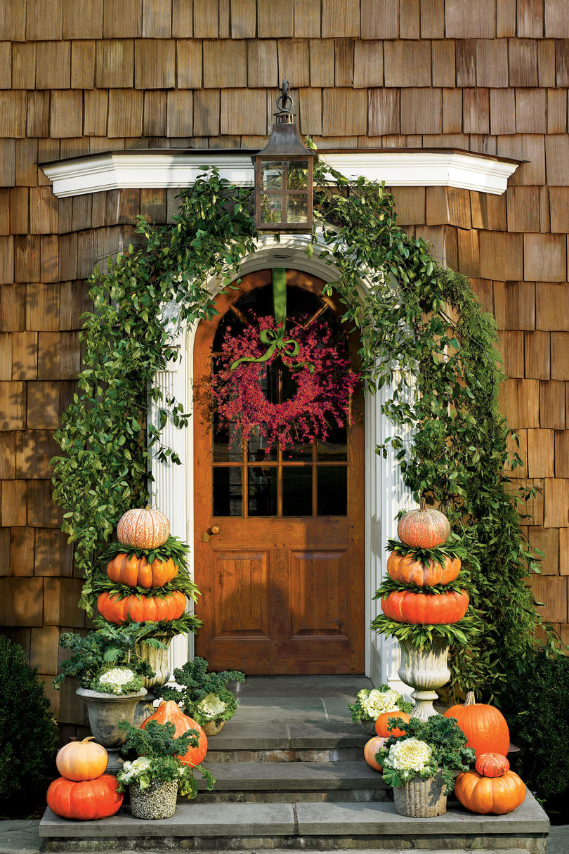 Outdoor Decorations for Fall - Southern Living on Southern Outdoor Living id=95846