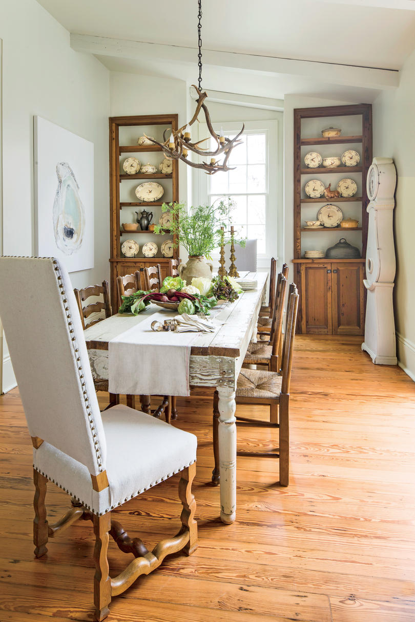 View more photos /view video with two young children and deman. Stylish Dining Room Decorating Ideas - Southern Living
