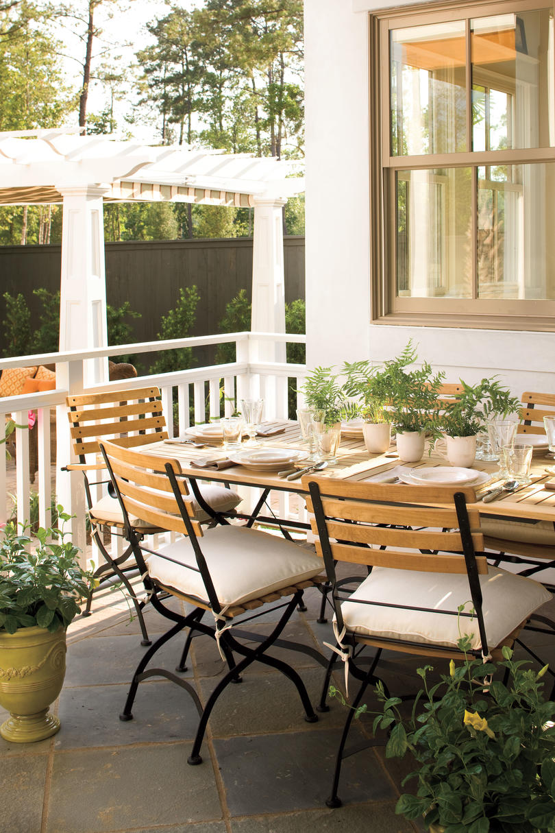 Bright Outdoor Dining Ideas - Southern Living on Southern Outdoor Living id=57134