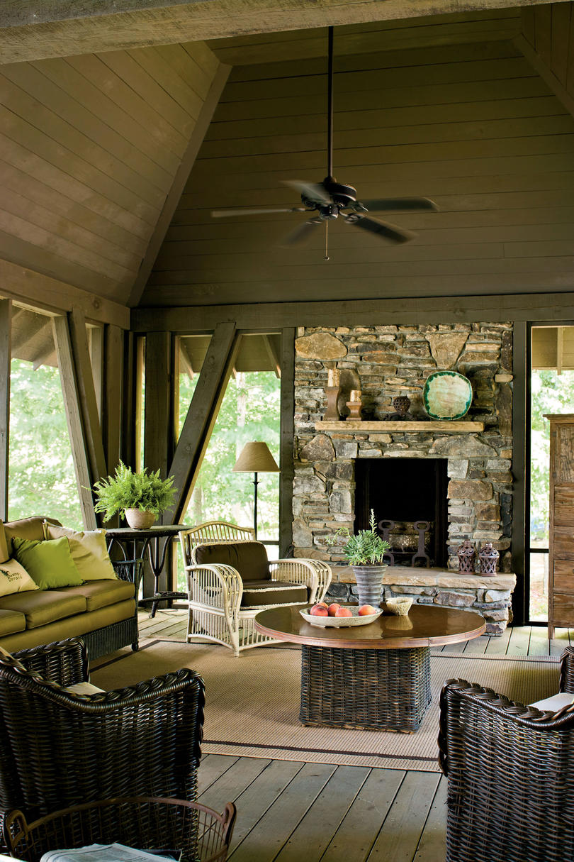 Lake House Decorating Ideas   Southern Living Choose Durable Seating