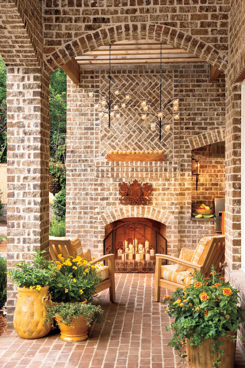 Fall's Best Outdoor Rooms - Southern Living on Southern Outdoor Living id=59048
