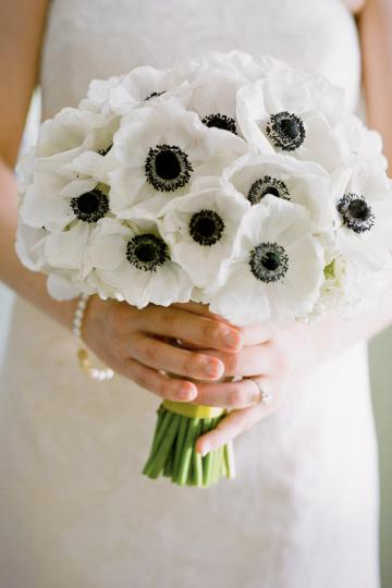 Wedding Flowers by Season   Southern Living Anemone Wedding Flowers