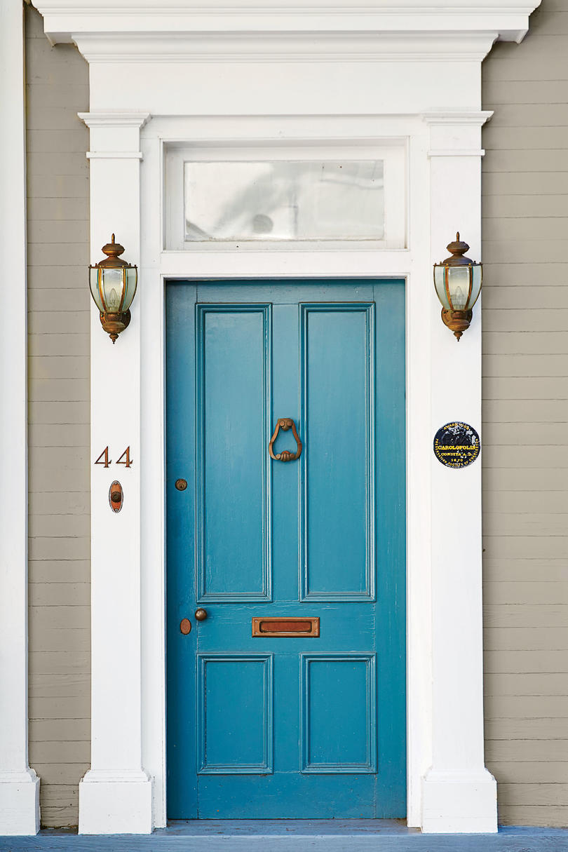 Spring Front Door Paint Ideas That Will Give Your Exterior ... on Door Color Ideas  id=58441