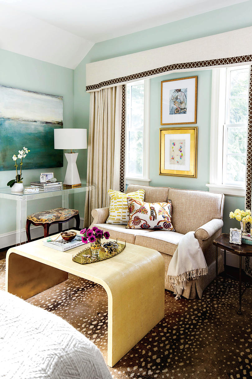50 Best Small Space Decorating Tricks We Learned in 2016 ... on Bedroom Ideas For Small Spaces  id=59228