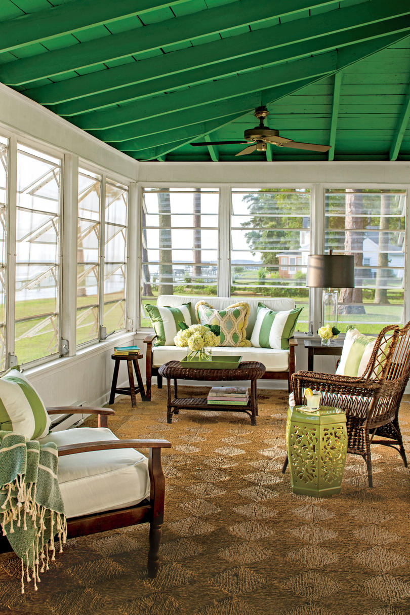 50 Best Small Space Decorating Tricks We Learned in 2016 ... on Enclosed Outdoor Living Spaces  id=14705