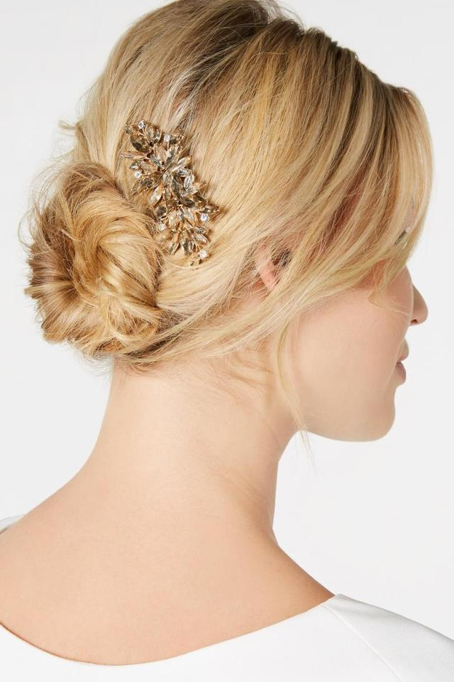 hair accessories for your wedding day