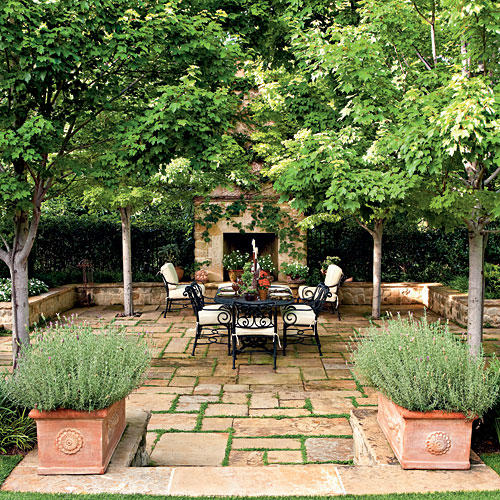 Bright Outdoor Dining Ideas - Southern Living on Southern Outdoor Living id=98901