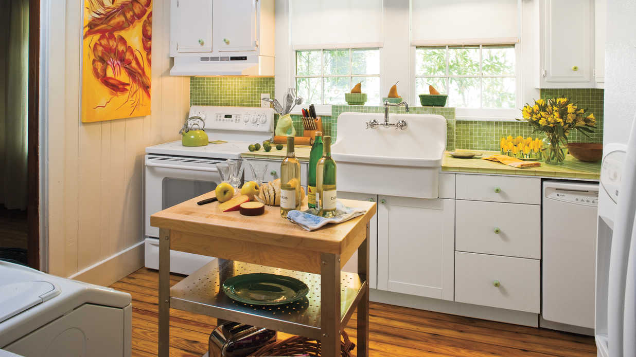 Stylish Vintage Kitchen Ideas   Southern Living