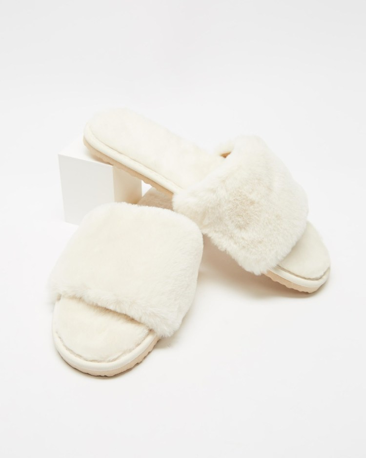 SPURR Snuggly Slippers & Accessories Cream Fluff