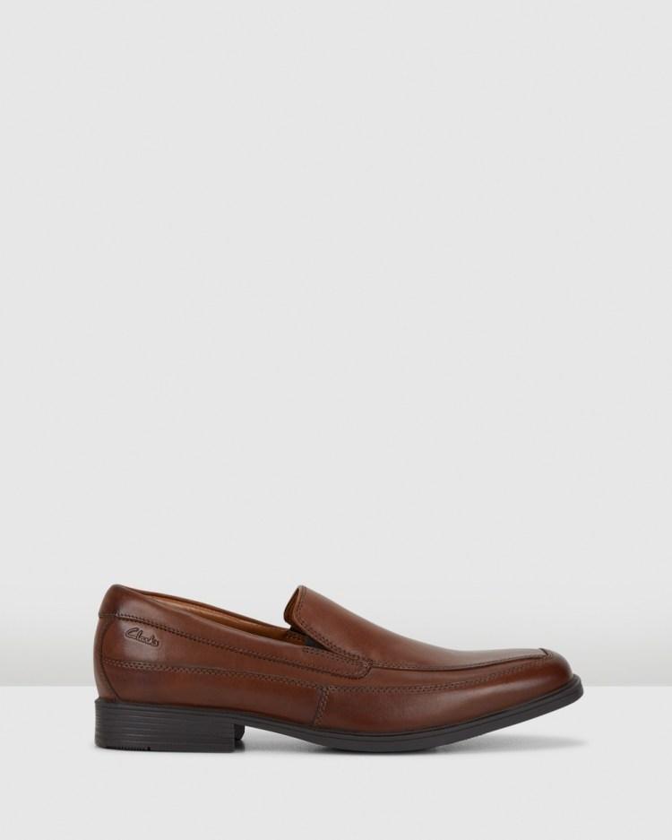 Clarks Tilden Free Dress Shoes Dark Tan Leather