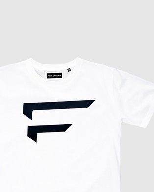 First Division Performance Logo Tee Teens T-Shirts & Singlets WHITE