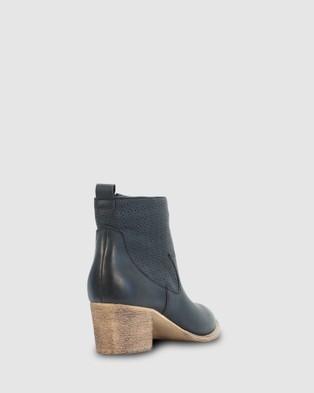 Los Cabos Kali Boots Black