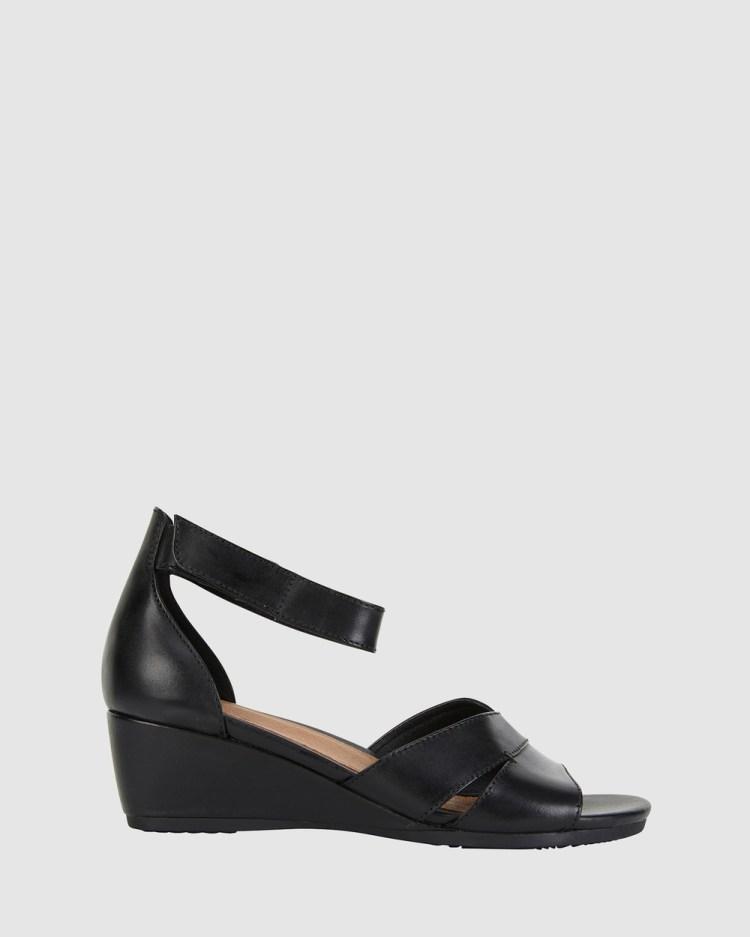 Wide Steps Martha Heels BLACK