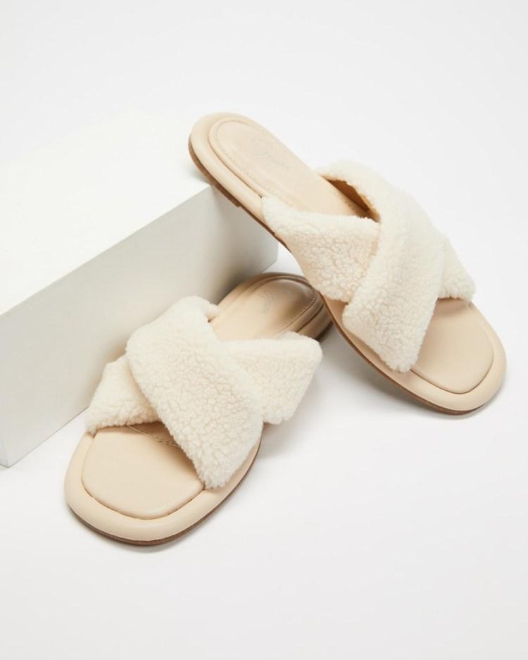 SPURR Sherry Slippers & Accessories Cream Fluff