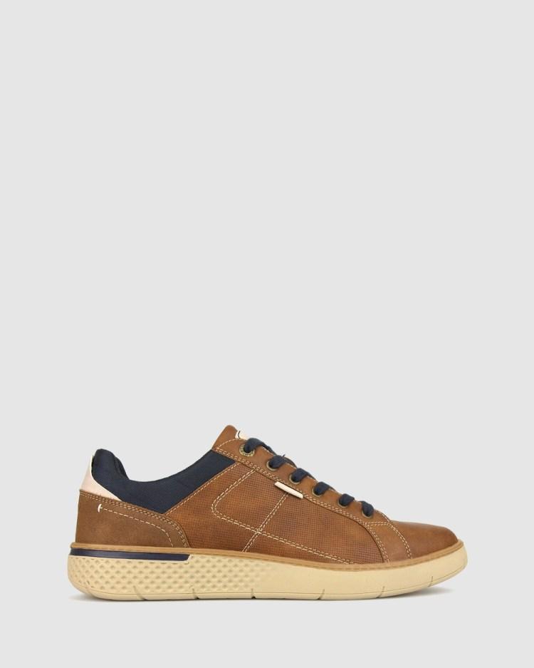 Betts Trent Lifestyle Sneaker Sneakers Tan
