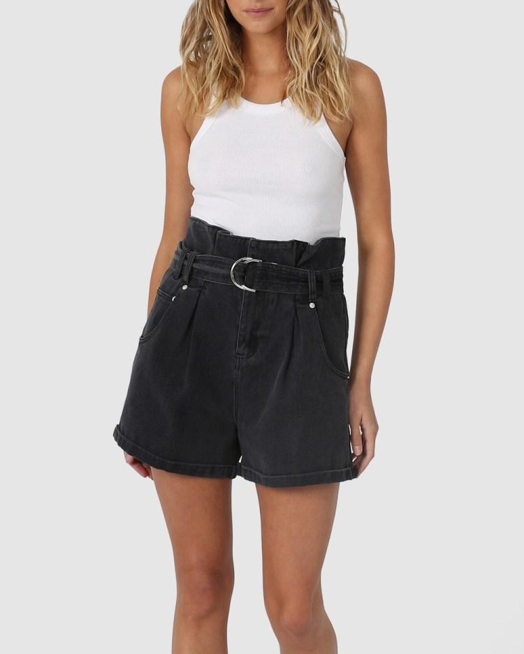 Madison The Label Michelle Shorts Denim Washed Black Denim