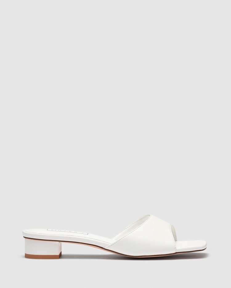 Therapy Debbie Mid-low heels White