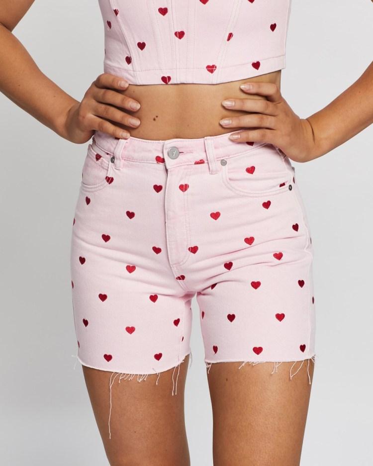 Abrand 4 Dyspnea A Claudia Cut Off Shorts Denim Pink Heart