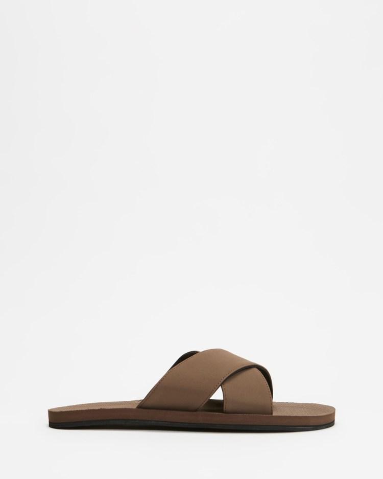 Indosole ESSENTLS Cross Women's Sandals Soil