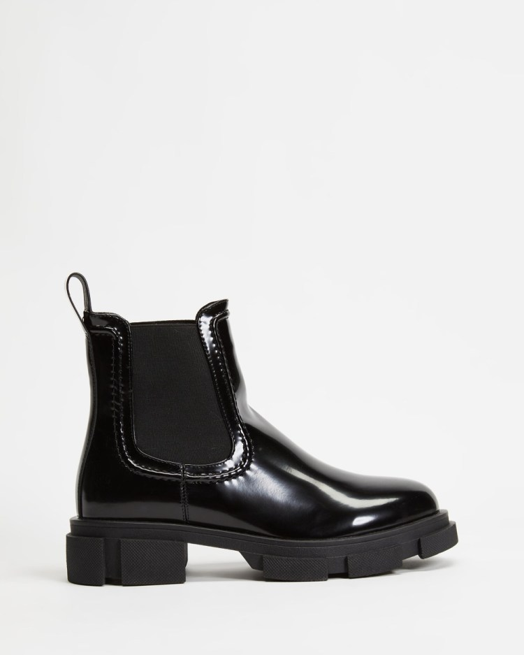 Dazie Edgy Ankle Boots Flats Black Box