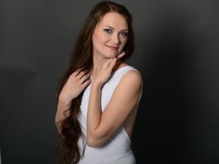 DanicaFoxy (Female, 31)