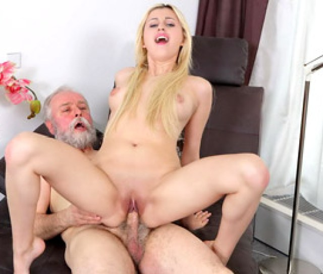 Sex With Young Ellen Jess Free Photo